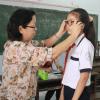 Trang ziet slecht, dus gaat van school, tenzij u haar leven verandert